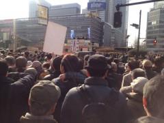 新宿駅西口街頭演説(1)