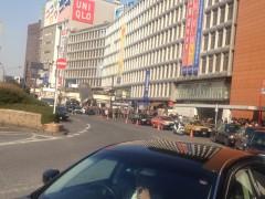 新宿駅西口街頭演説(2)